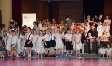 Pro radost – přehlídka dětských taneční skupin